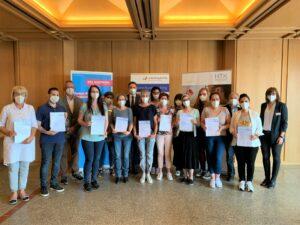 Teilnehmende vom Lehrgang erhalten Zertifikat